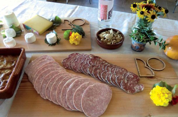 Les Buis du Chardonnet repas du terroir